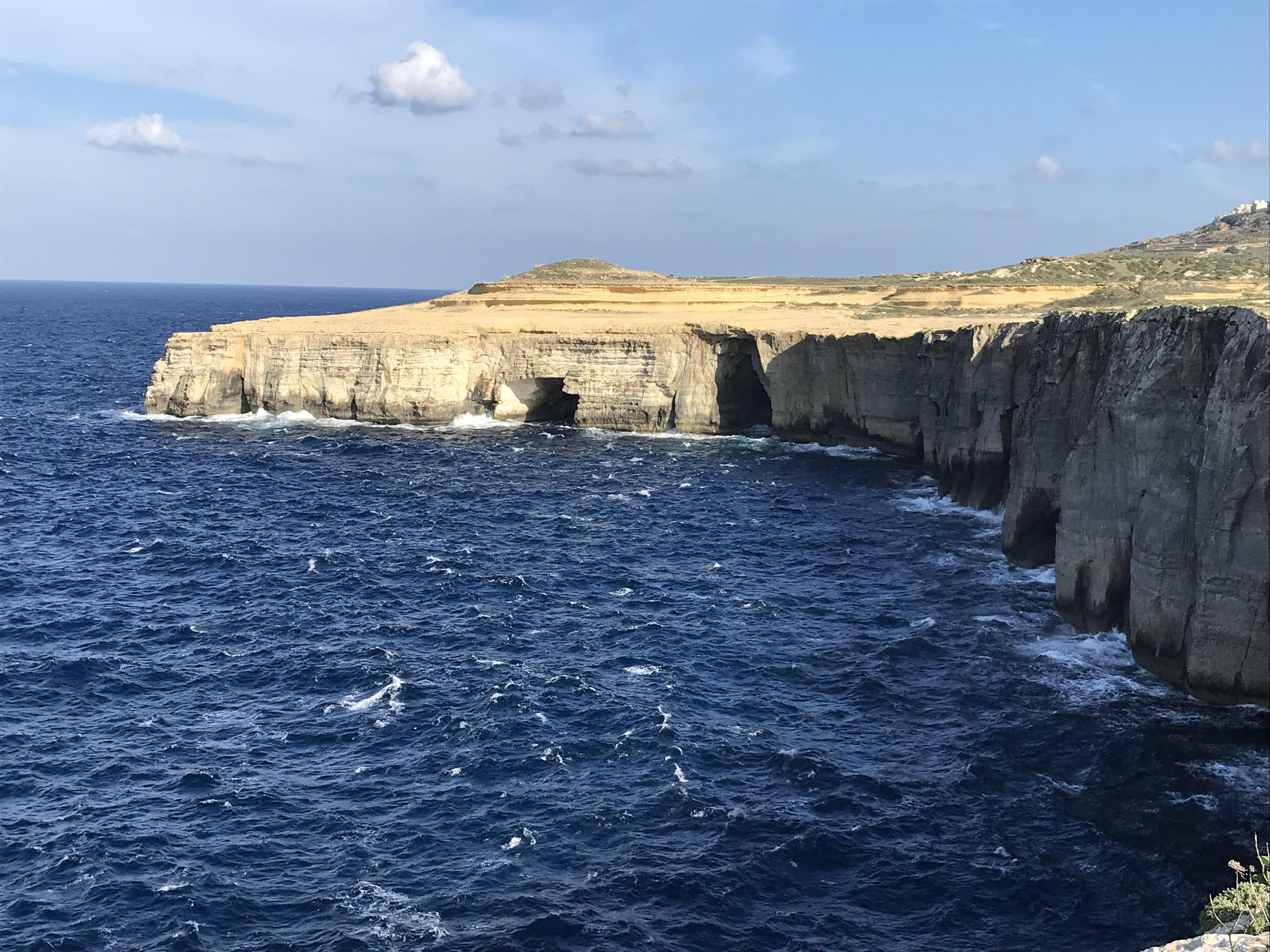 die Küste von Gozo