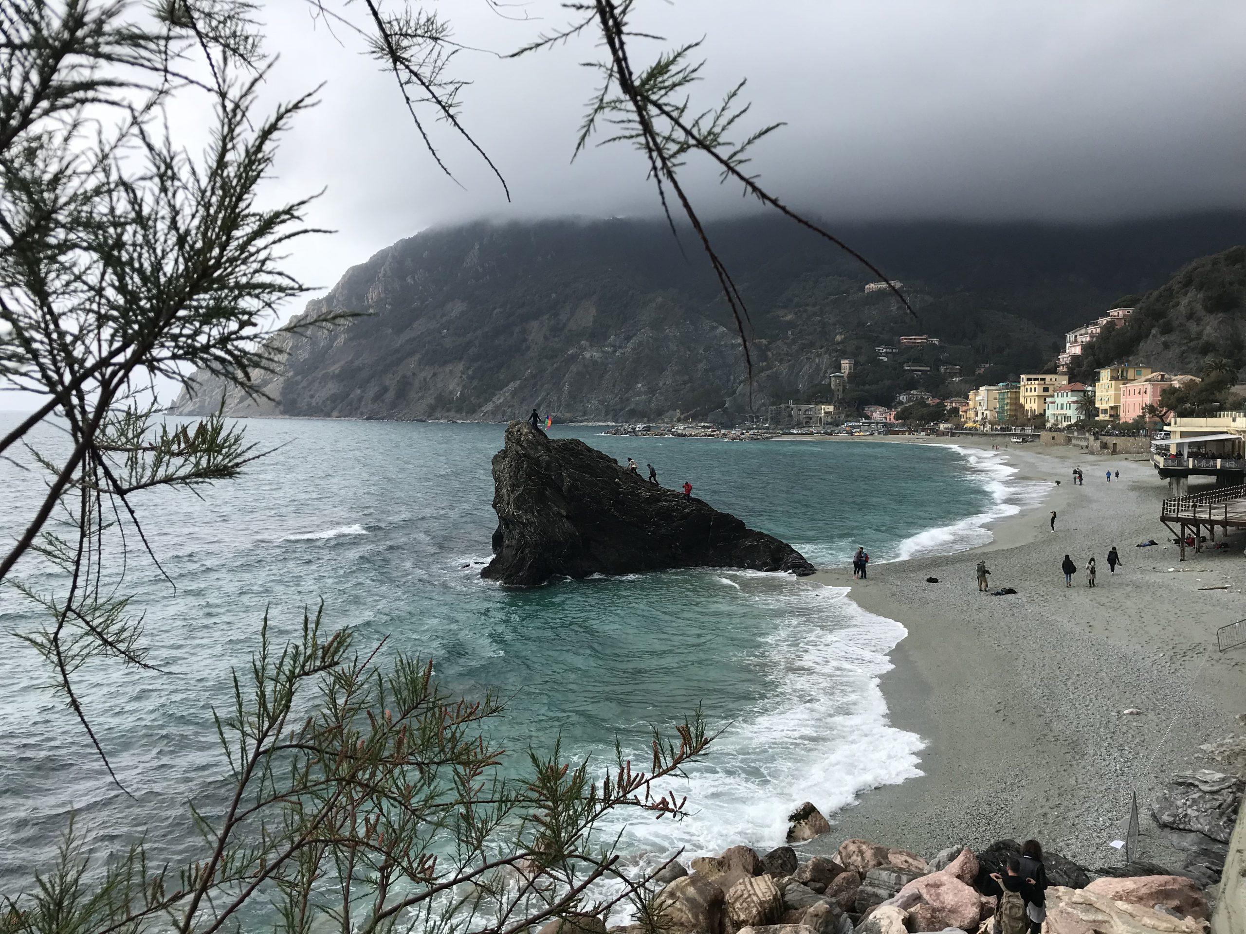 Der Strand von Monterosso al Mare, Cinque Terre, Italien