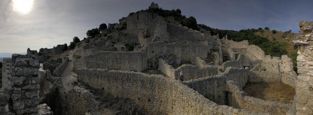 Europa Roadtrip 2019 - Panorama Burg Crussol bei Valence