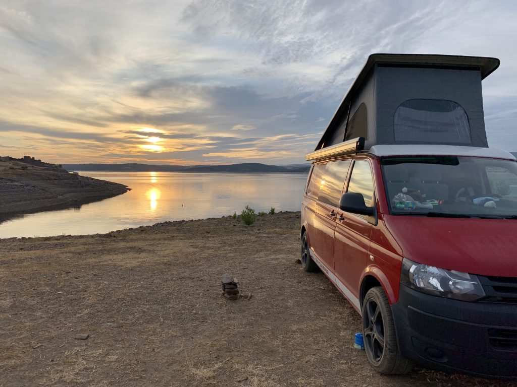 Europa Roadtrip 2019 - Camping am See in Spanien