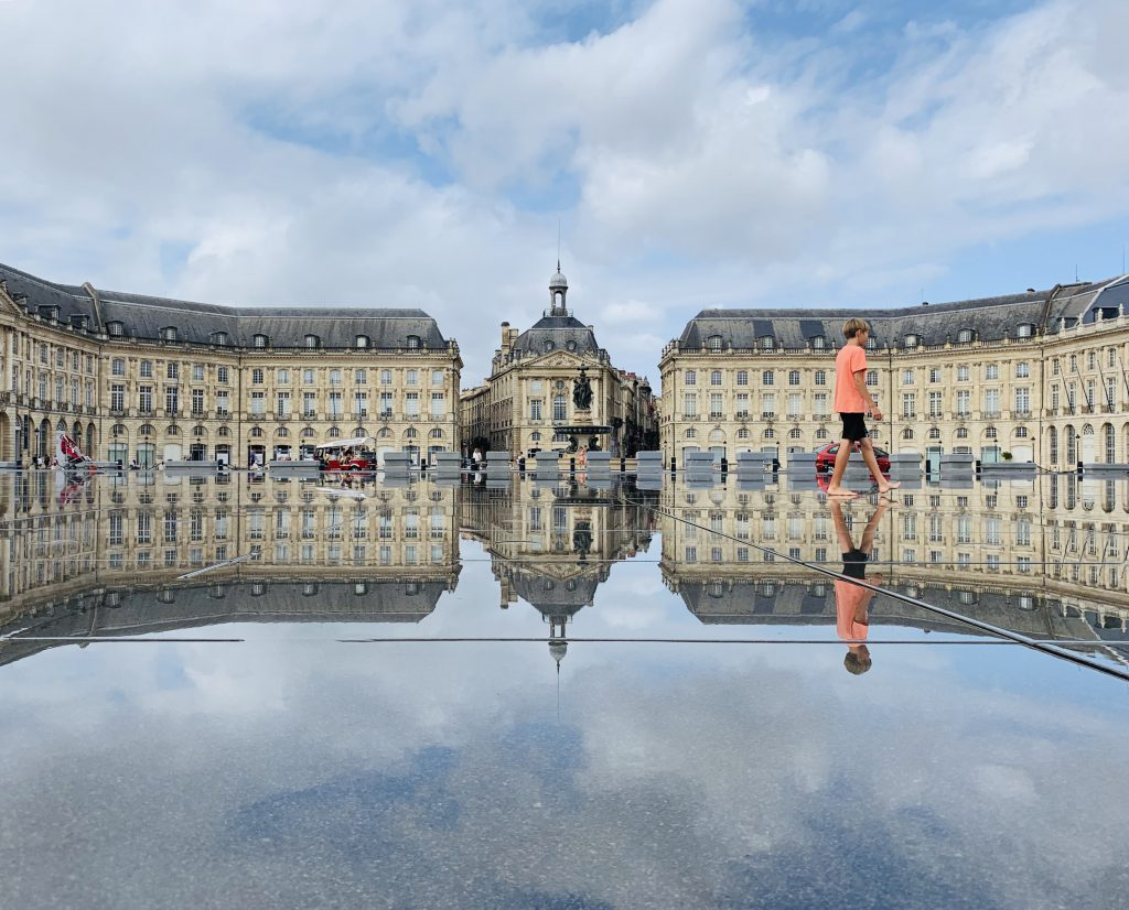 Europa Roadtrip 2019 - Wasserspiegel Bordeaux Place de la Bourse