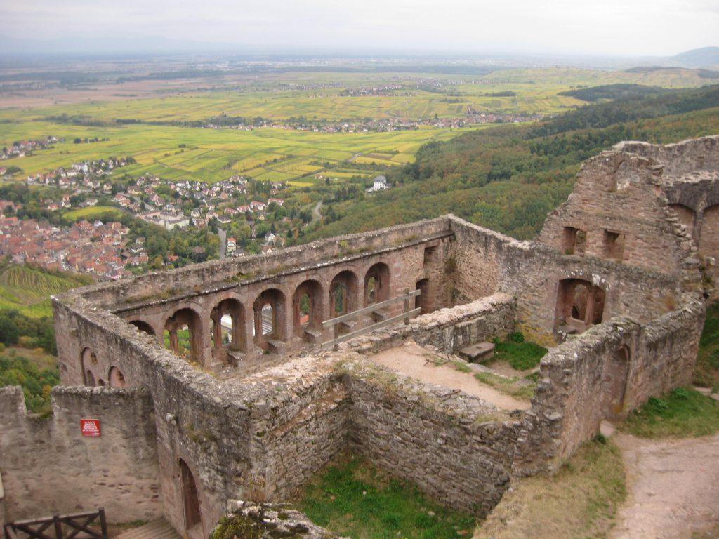 Blick von der Burgruine auf Ribeauvillé