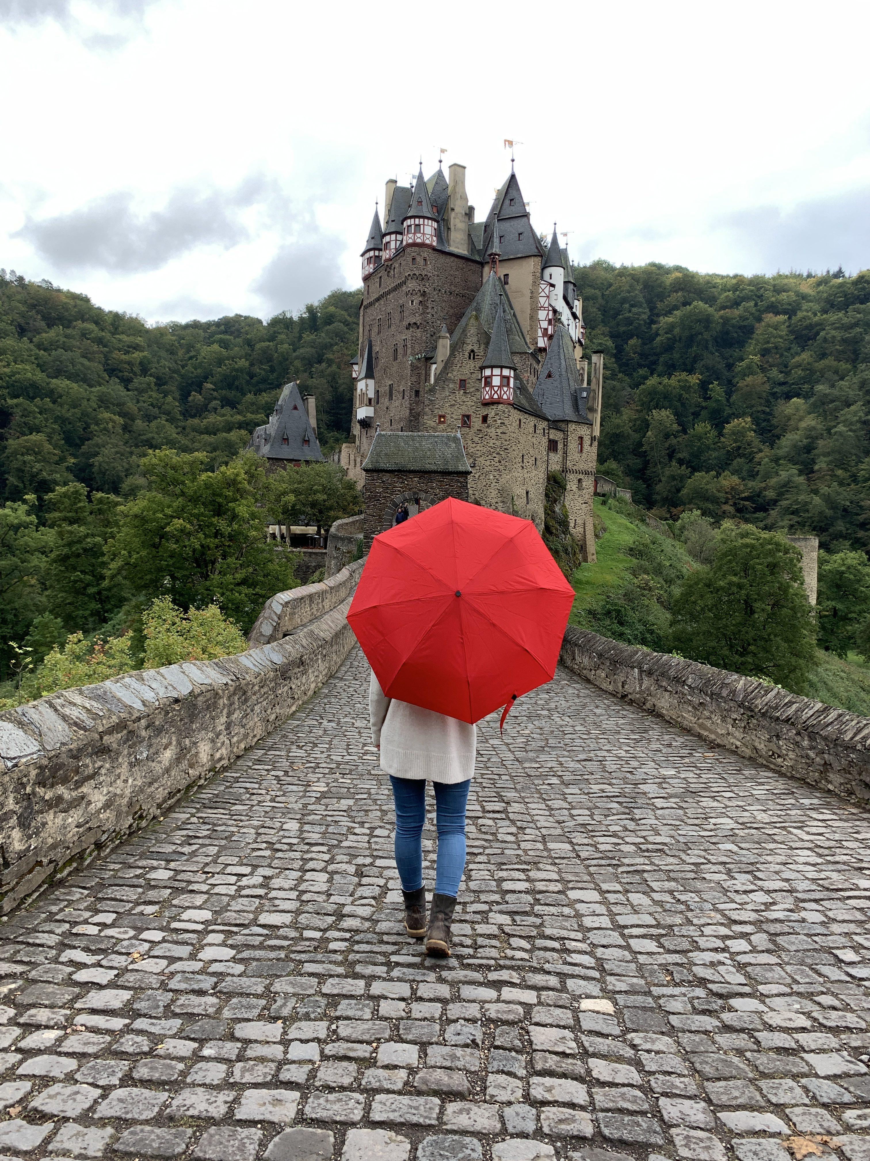 Burg Eltz ist die perfekte Kulisse für tolle Fotos