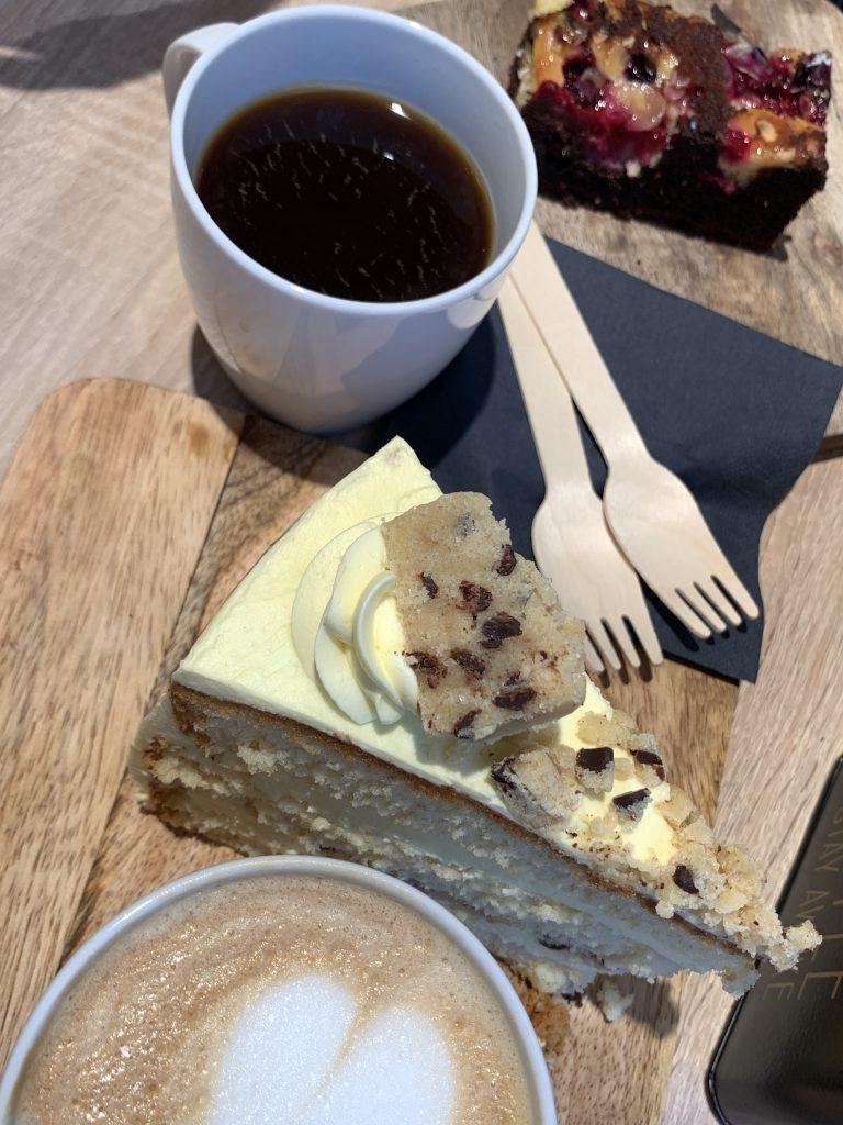 Kaffee und Kuchen bei Mickey Brown, Maastricht